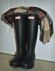bootsnscarf